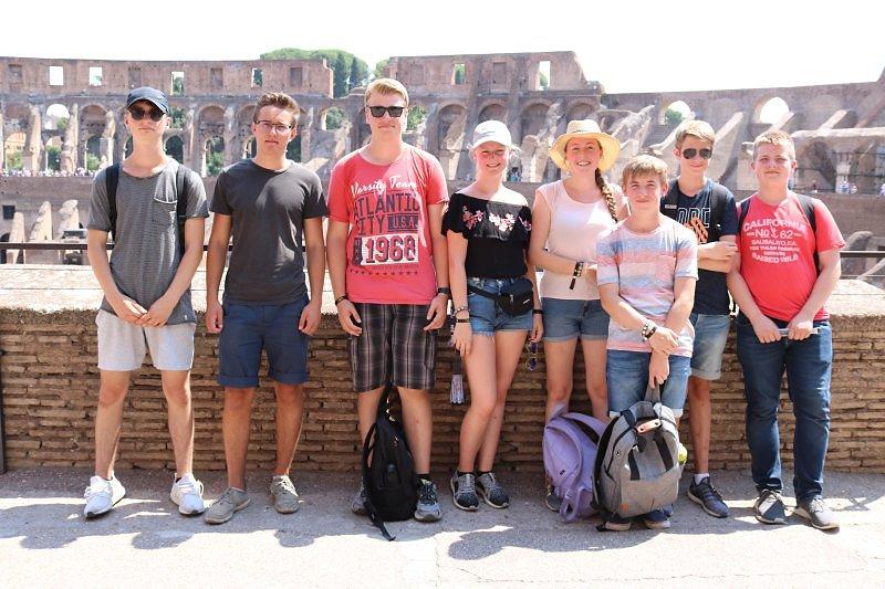 Colosseum-3.jpg